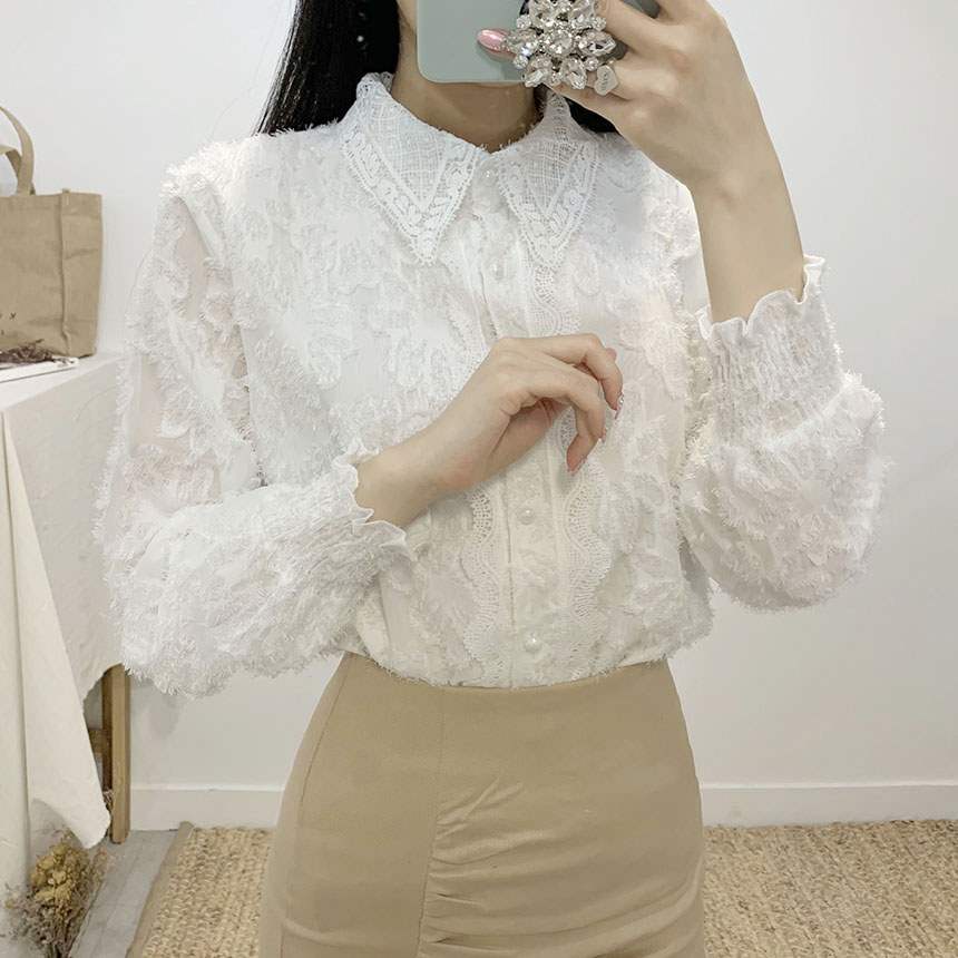 Barneys punching lace blouse