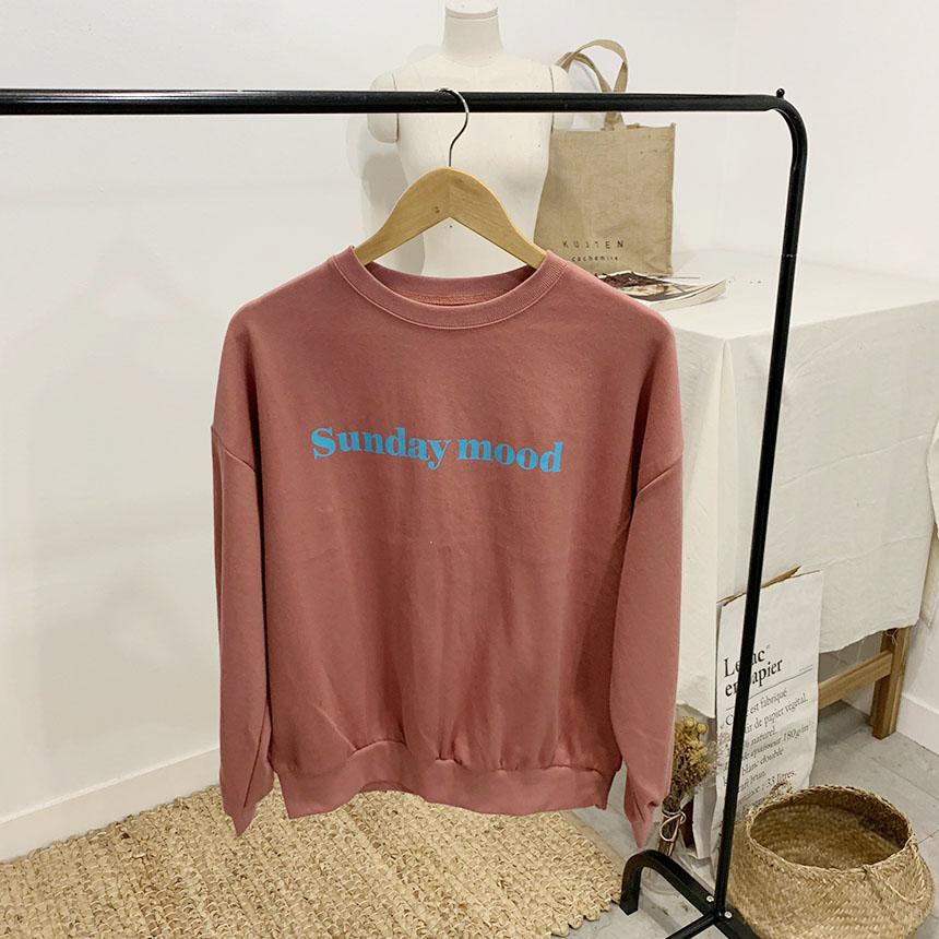 Sunday mood lettering round neck sweat shirt