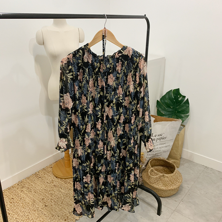 Able Flower Pleated Long Dress