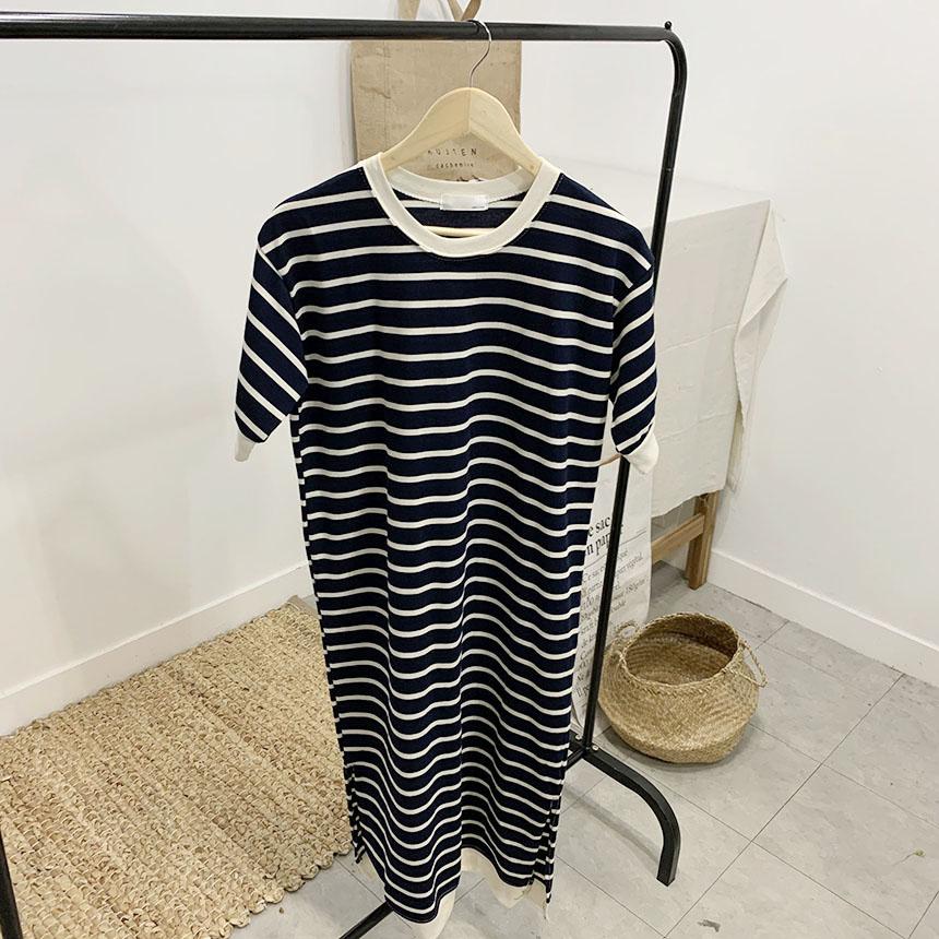 Maxi striped round neck long dress