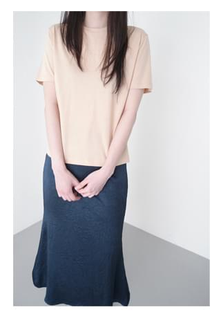 soft silket half sleeve top 半袖