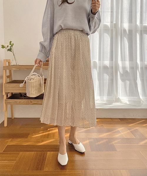 Dot pleated skirt