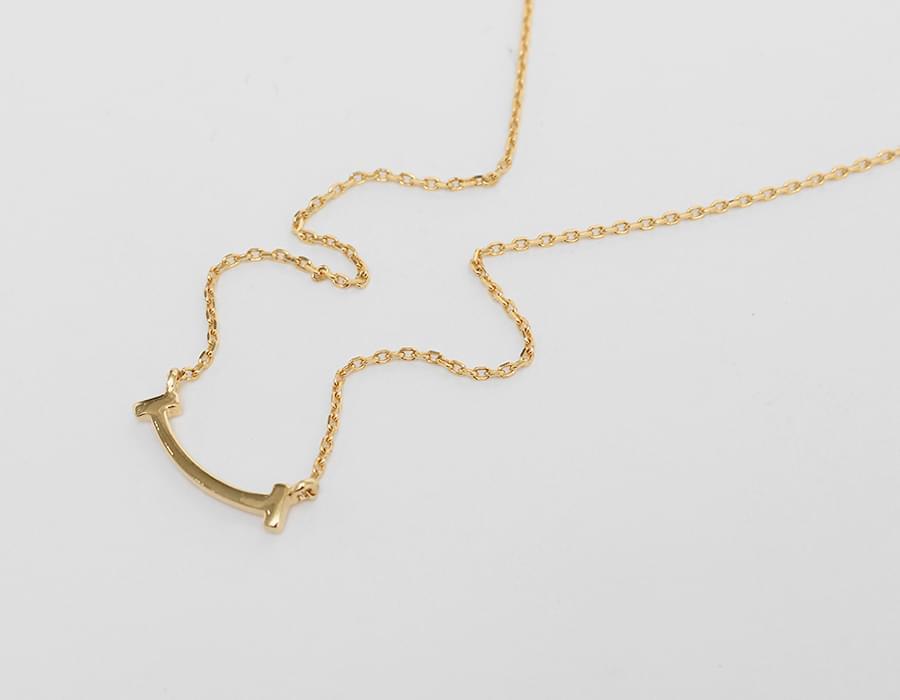 Gold shape necklace_SA