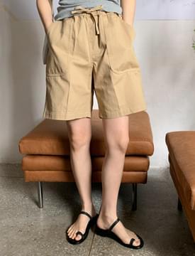 Delilah banding half pants 短褲
