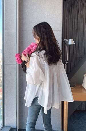 French Pintuck Shirring Blouse 襯衫