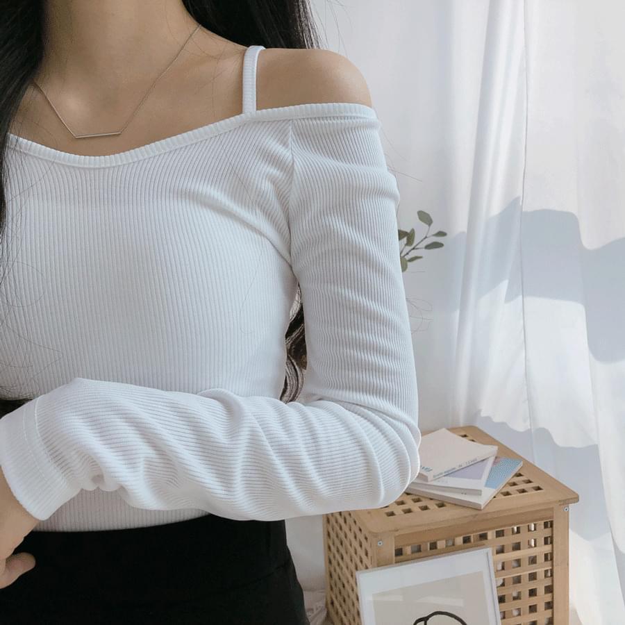 Coco Ribbed Off Shoulder T-Shirt 長袖
