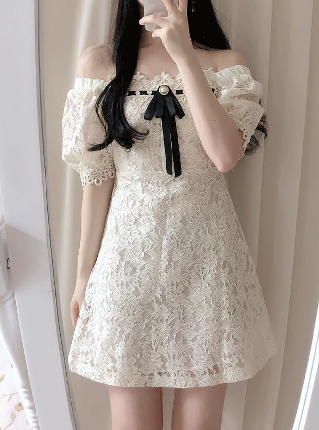 ♥ Broochset Ally Lace Dress dresses