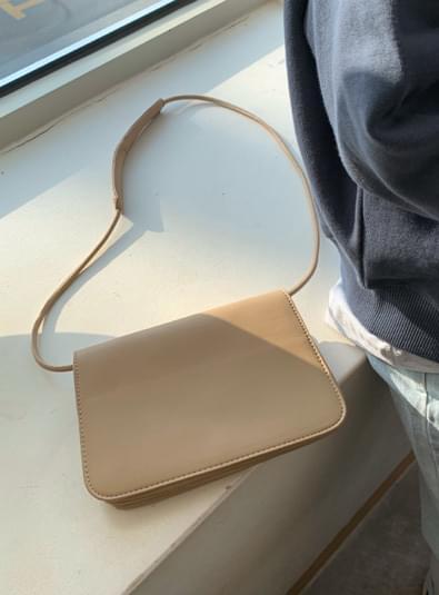 Dili square bag Shoulder Bags