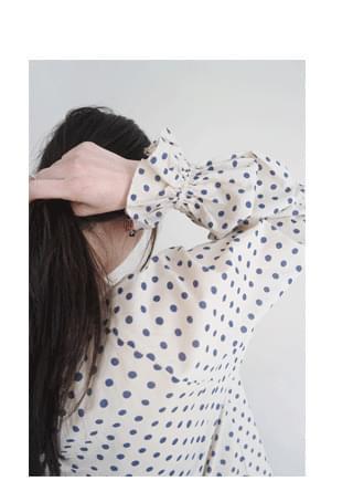 regular dot pattern blouse ブラウス
