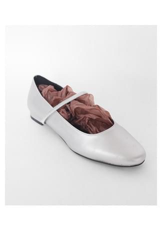 simple strap flat shoes フラット