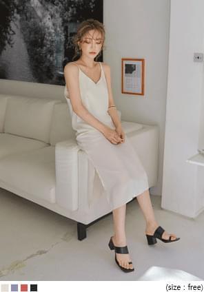 韓國空運 - V領側開衩細肩帶長洋裝 及膝洋裝