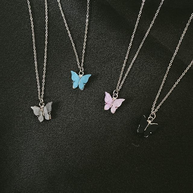 Mother-of-pearl butterfly necklace