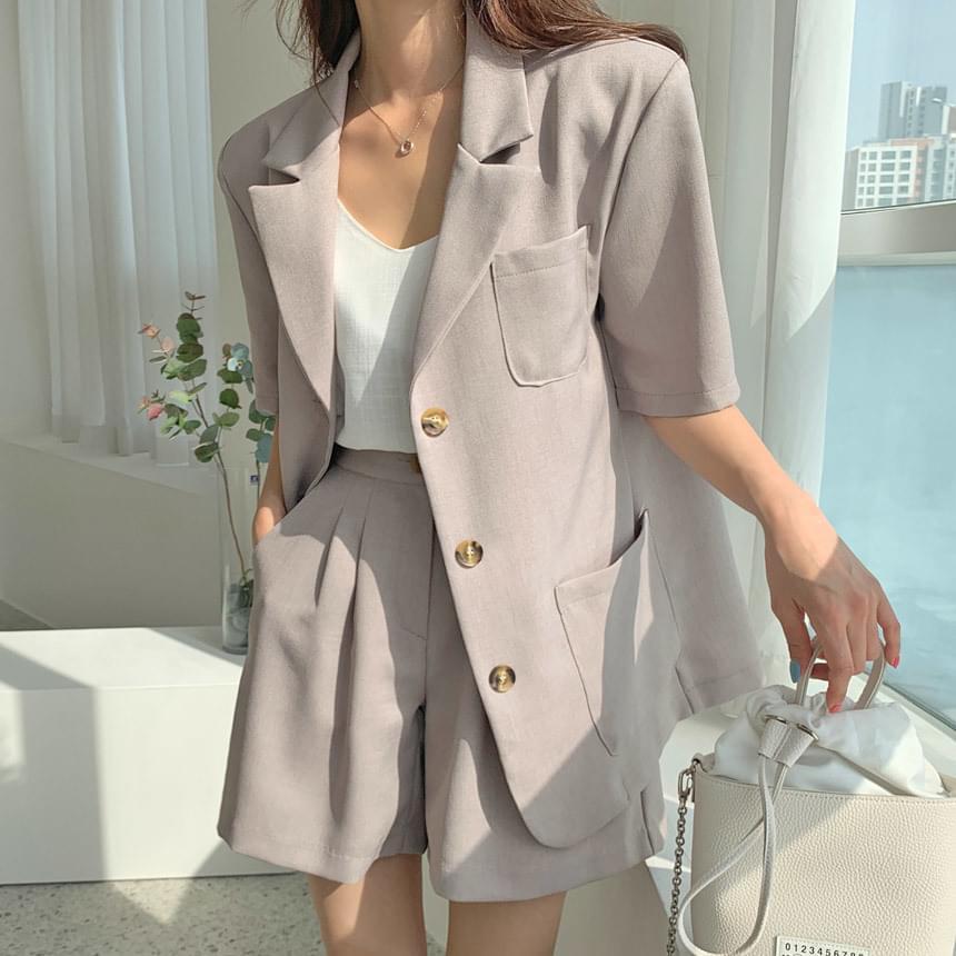 Delrin set-up short sleeve overfit jacket 套裝