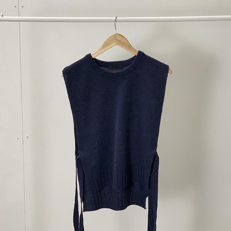 Loose Ribbon Thong Round Knit Vest