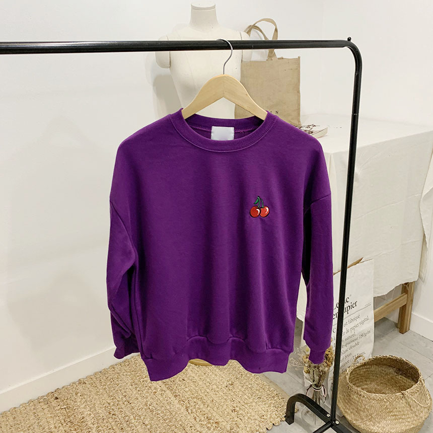 Cherry berry color embroidery round neck sweat shirt