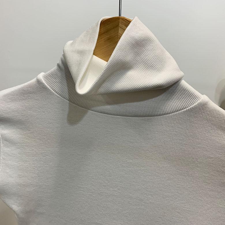 Biwai crop high-neck polar T-shirt