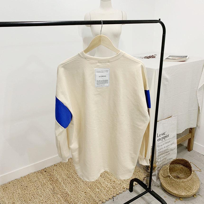 New York lettering color scheme round long t-shirt