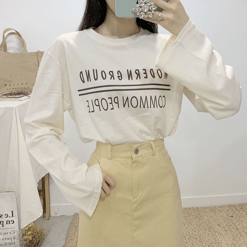 Ground Lettering Round Neck Long Sleeve T-Shirt