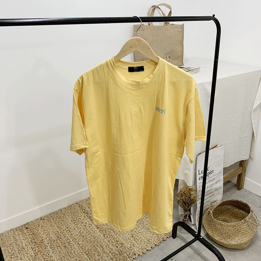 Mull's Lettering Round Neck Short Sleeve T-Shirt