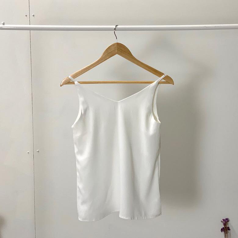 Plain blouse basic nashi