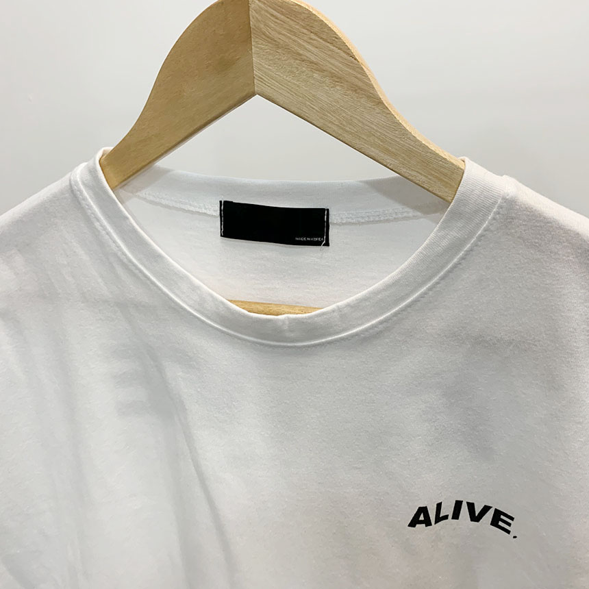 Alive lettering round neck short sleeve t-shirt