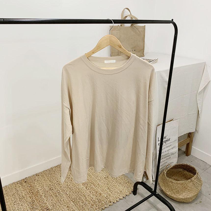 Careful printing round neck long sleeve t-shirt