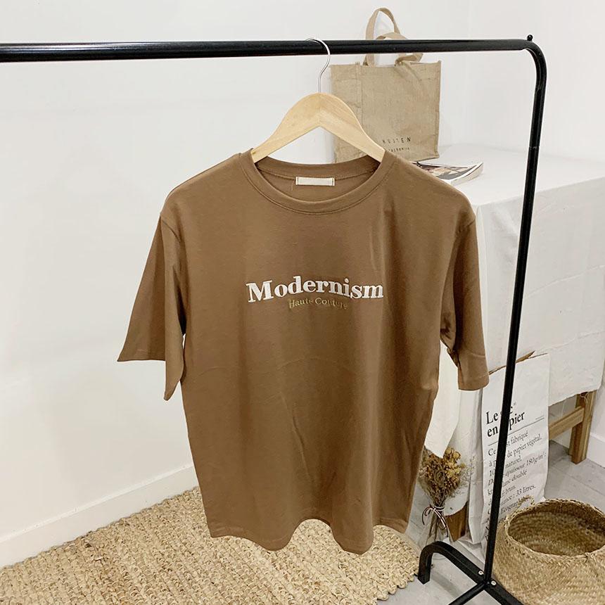 Modernism lettering round neck short sleeve t shirt