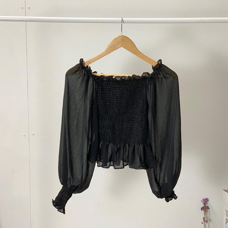 Off smoke blouse