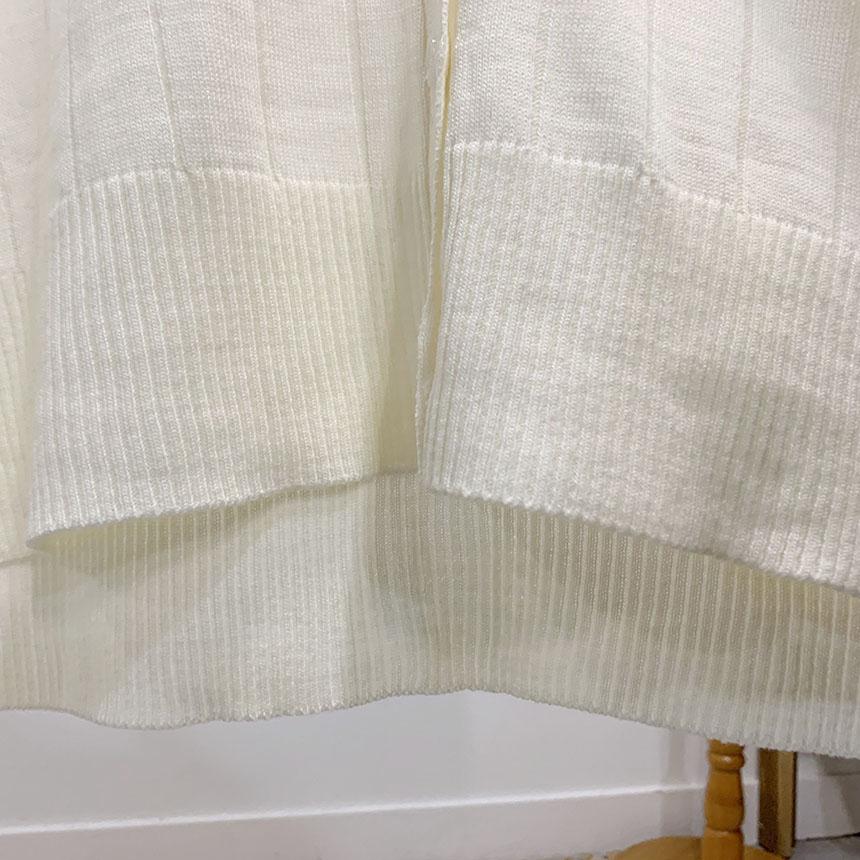 Corojet V-neck knit cardigan
