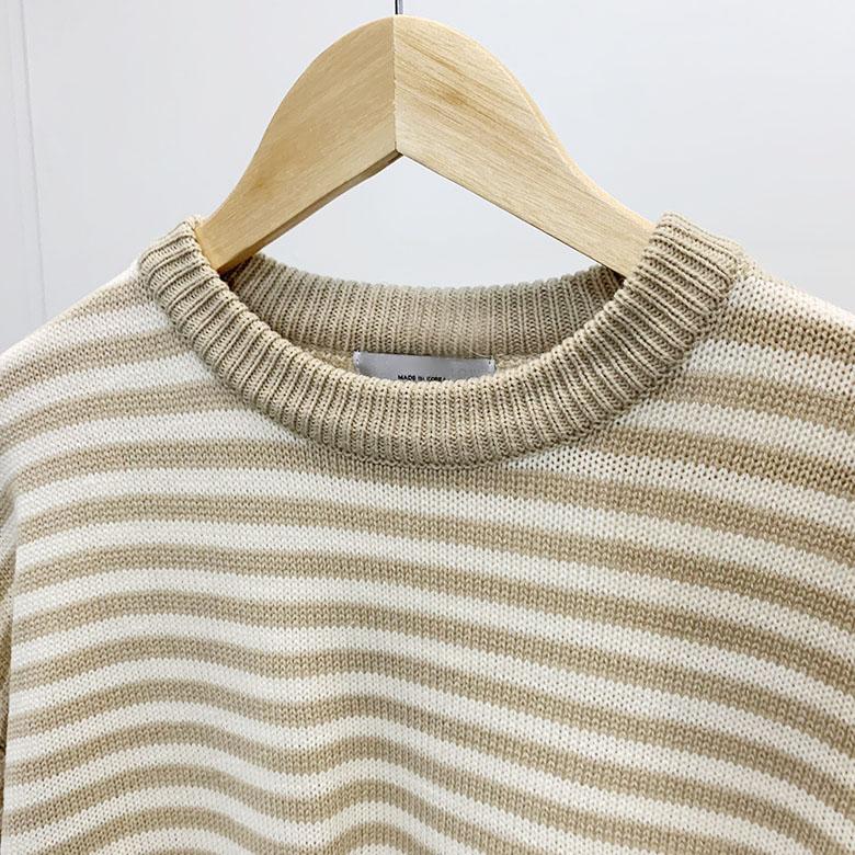 Alon stripe color scheme round knit