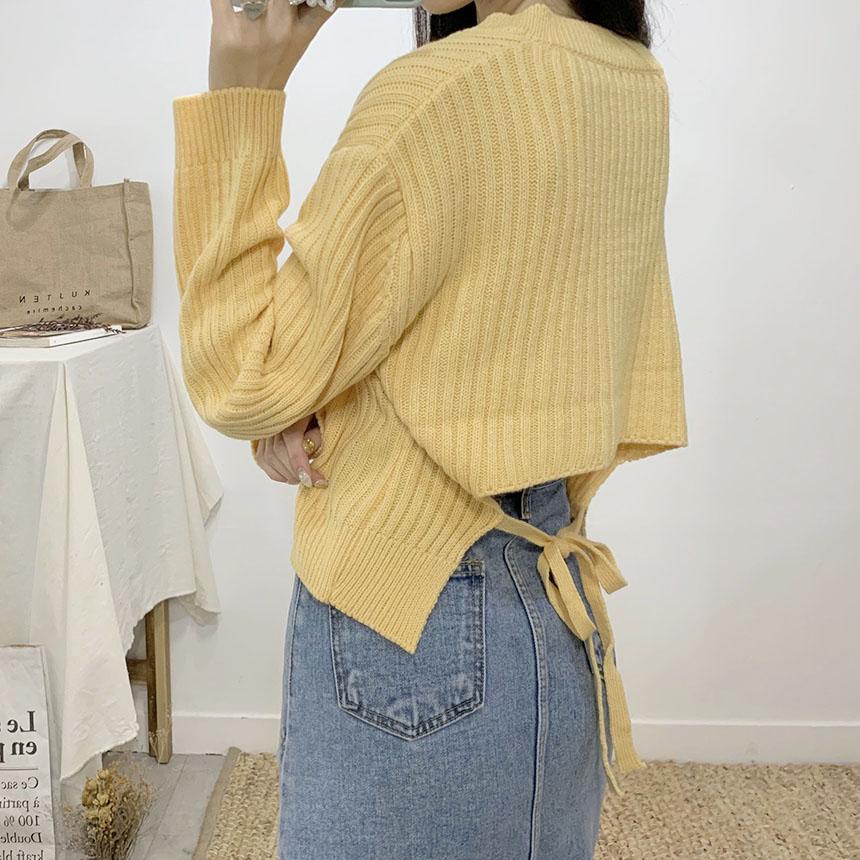 Roaster Back Ribbon V-neck Long Sleeve Knit