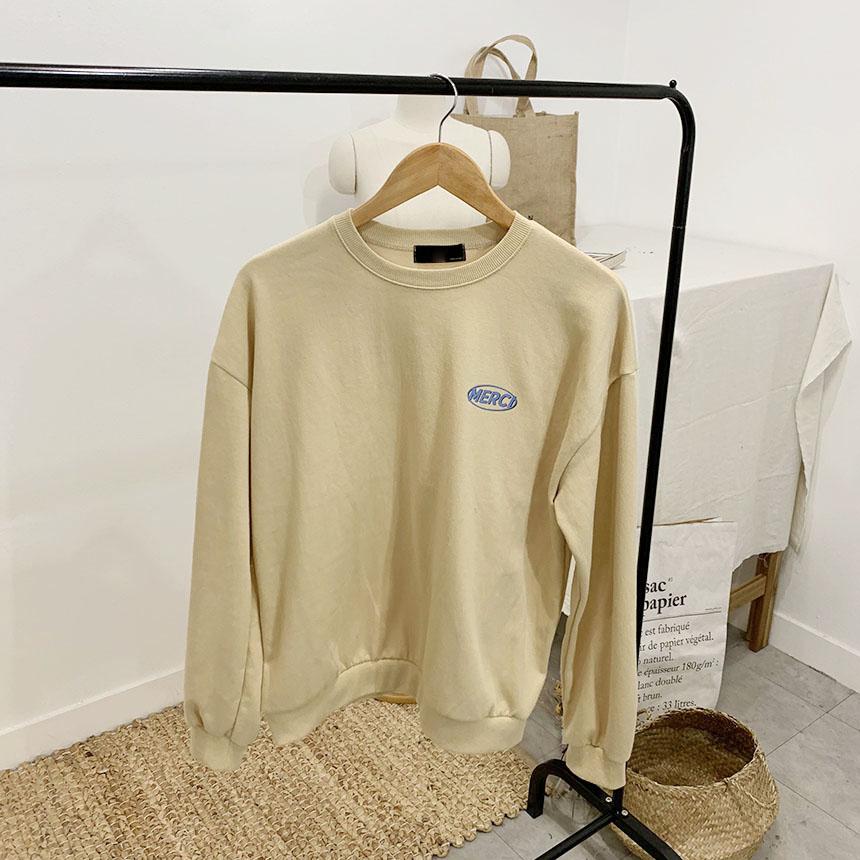 Mercy Lettering Round Neck sweat shirt