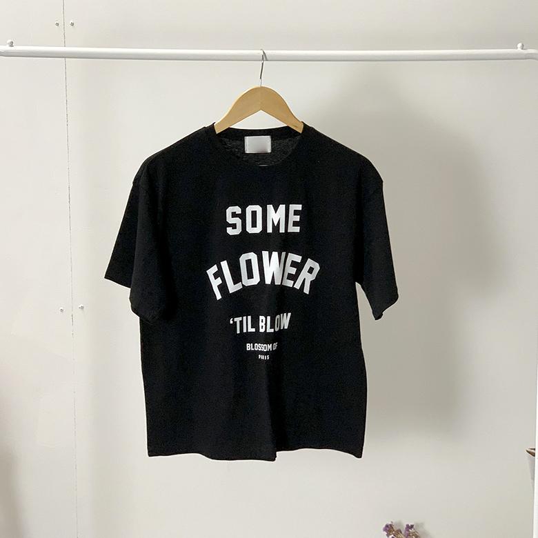 Flower lettering round tee