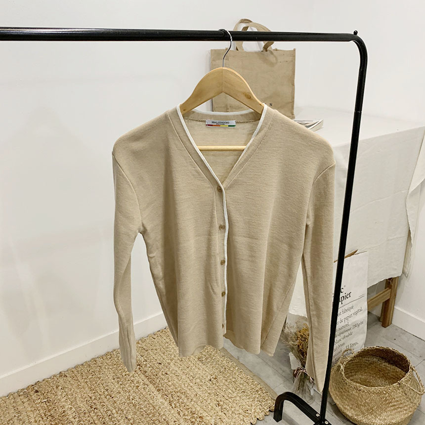 Dunskin Color V Neck Long Sleeve Cardigan