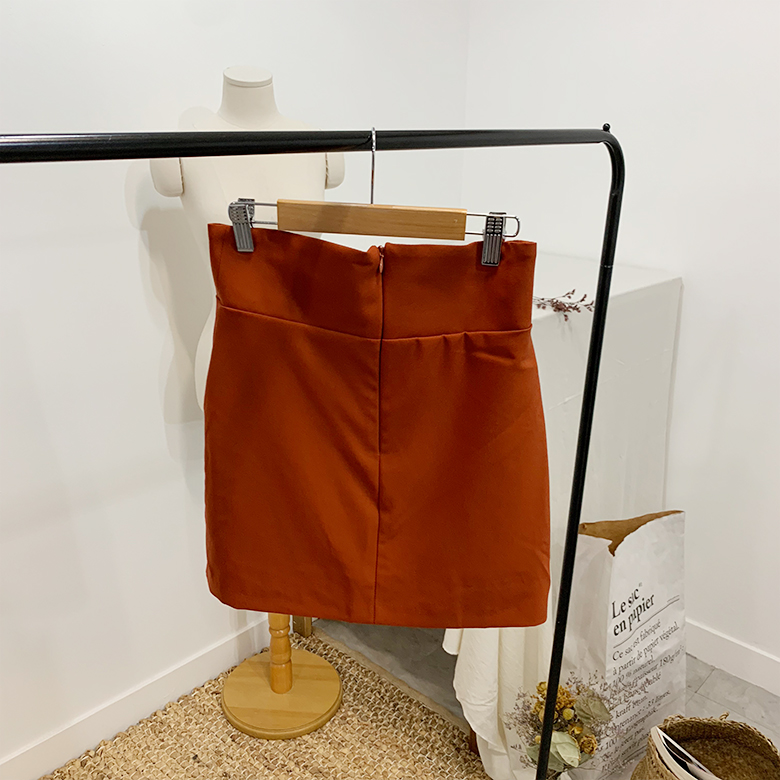 Dioni gold-tipped skirt pants