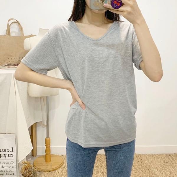 Everyday V-neck short sleeve T-shirt