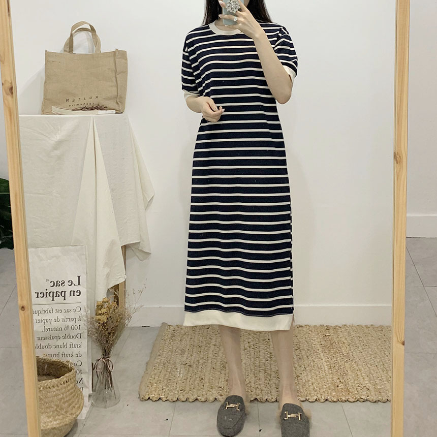 Maxi striped round neck long dress