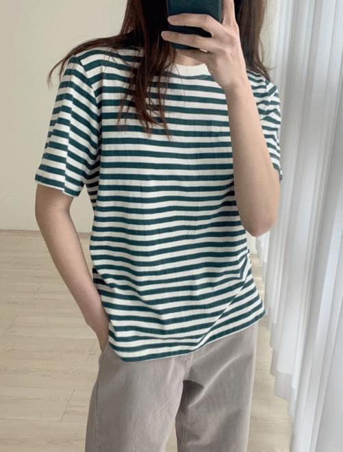 Rain stripe t-shirt