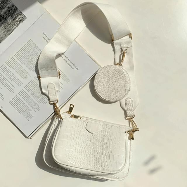 Triple bag and bag clutch cross bag white 手拿包