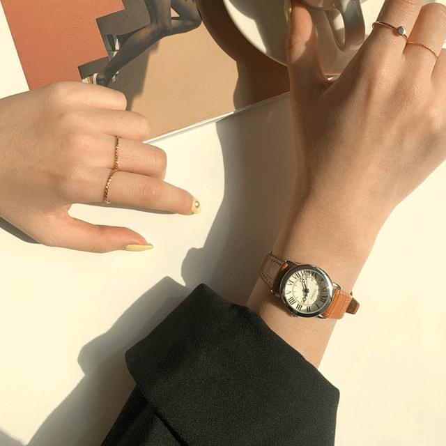 Round Simple Basic Leather Watch 3color