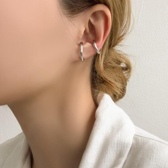 Tiobold type c ear cuff earring