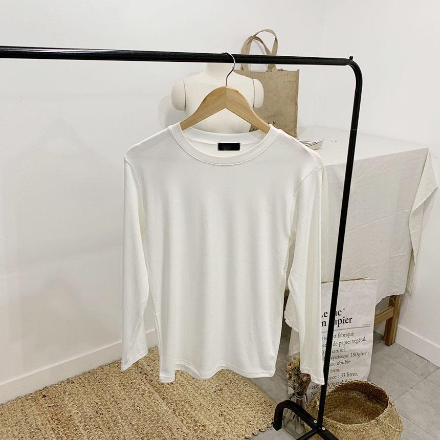 Tunibell Round Neck Long Sleeve T-Shirt