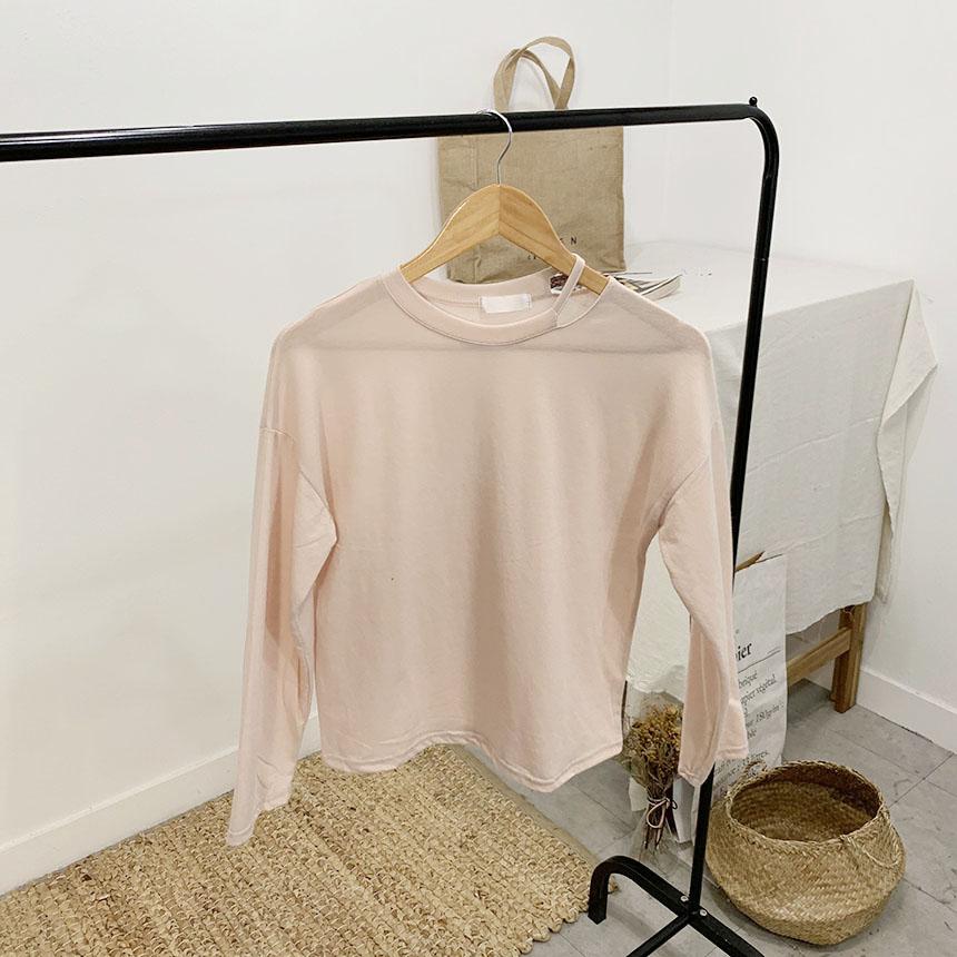 Castle-Tim Round Neck Long Sleeve T-Shirt