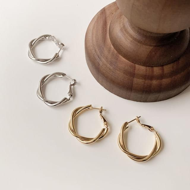 Pona Twist Ring Earring