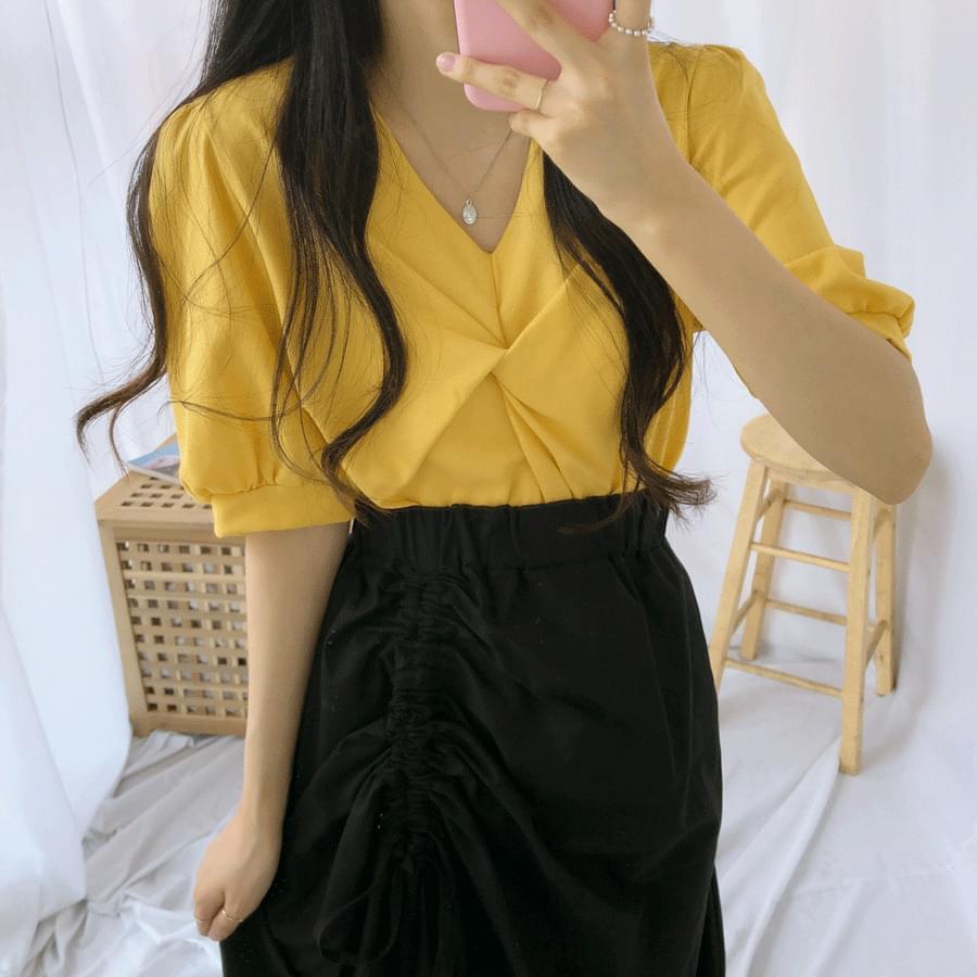 Linen twist short sleeve blouse