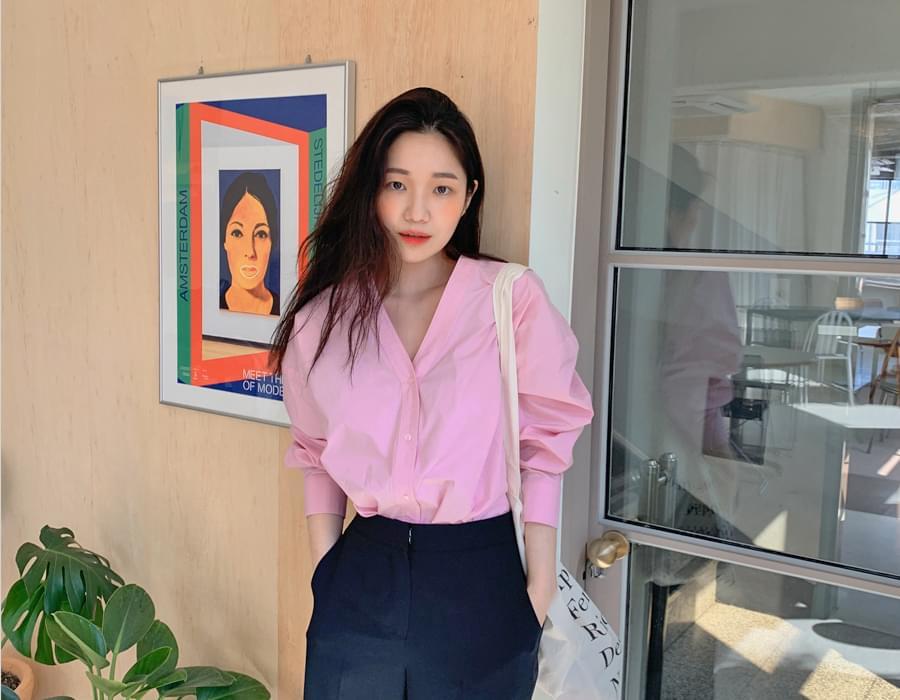 Macaron V-neck shirt blouse