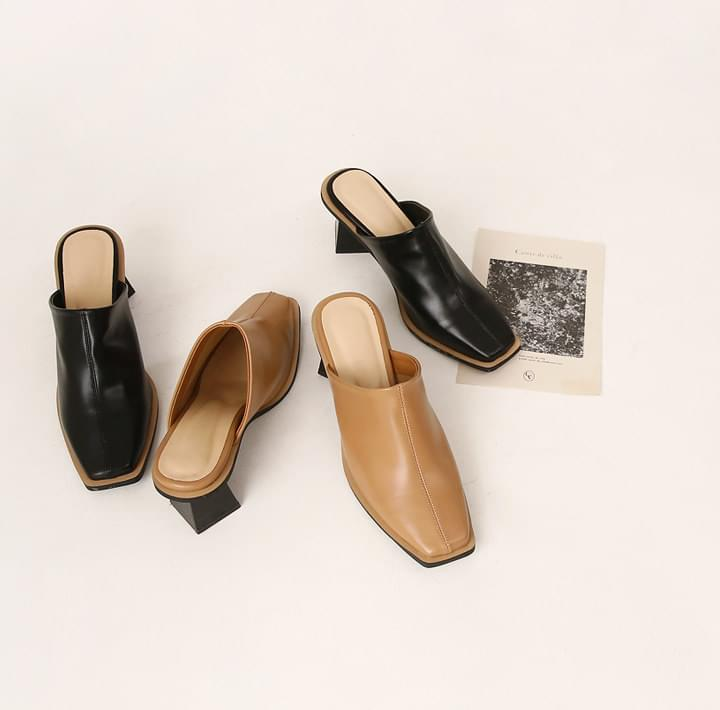 ROIDER SQUARE MIDDLE HEEL