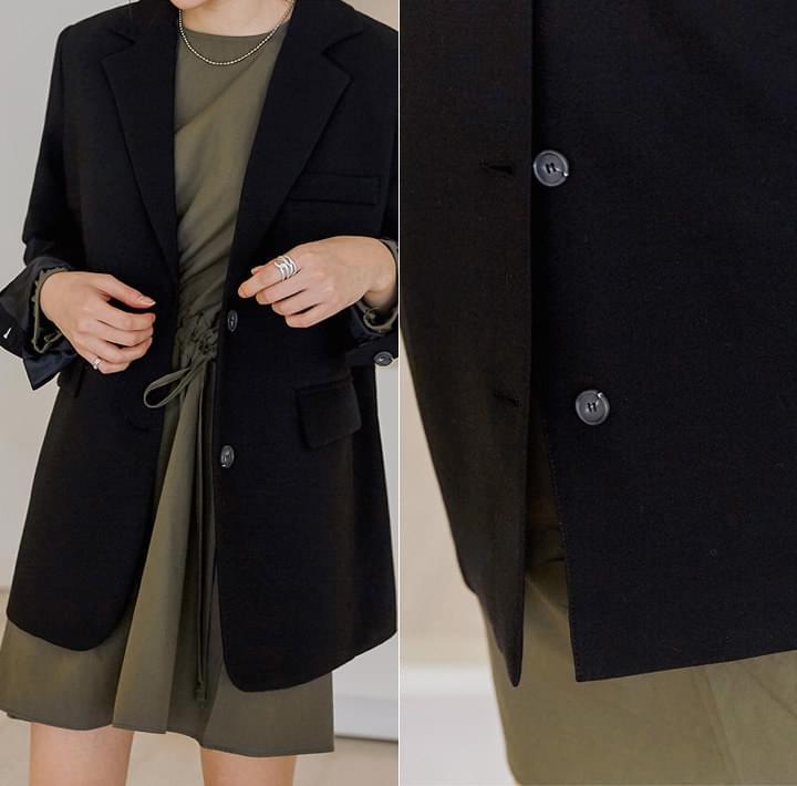 Notch Lapel Single-Breasted Jacket