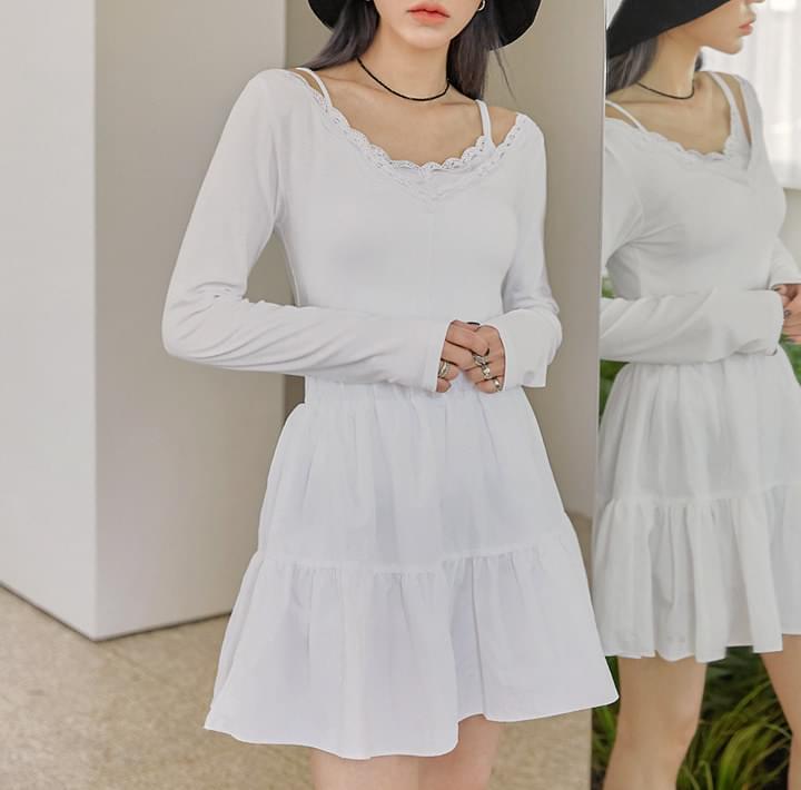 V領蕾絲綴邊素色長袖上衣 黑/白