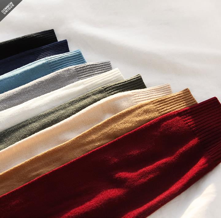 9 COLOR TURTLE NECK KNIT (Delayed delivery)